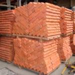 Кирпич строительный купить с доставкой в Спб