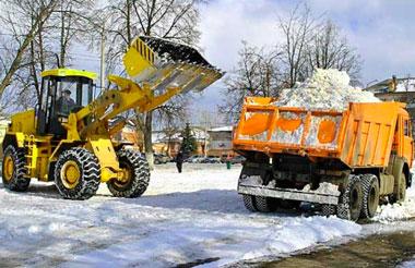 Вывоз снега в Петербурге