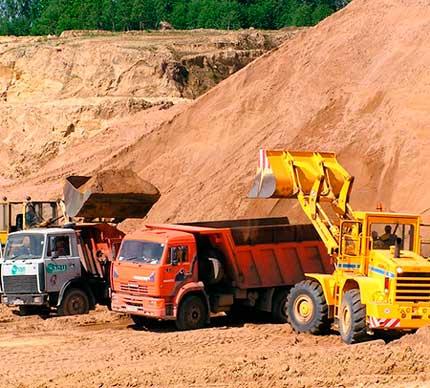Намывной песок с карьера в Спб