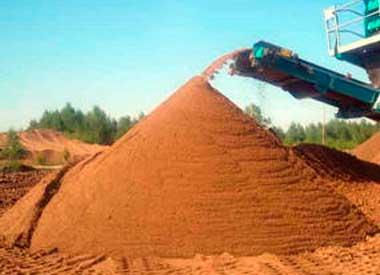 Россыпь карьерного песка очищенного в Спб