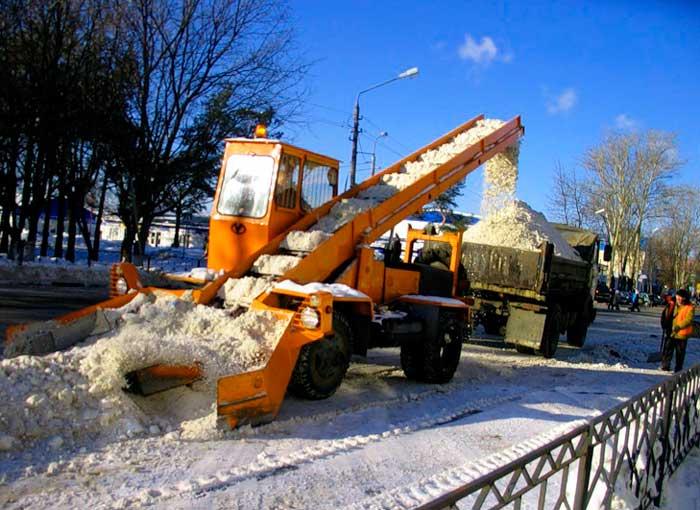 Уборка снега в Спб и лен области
